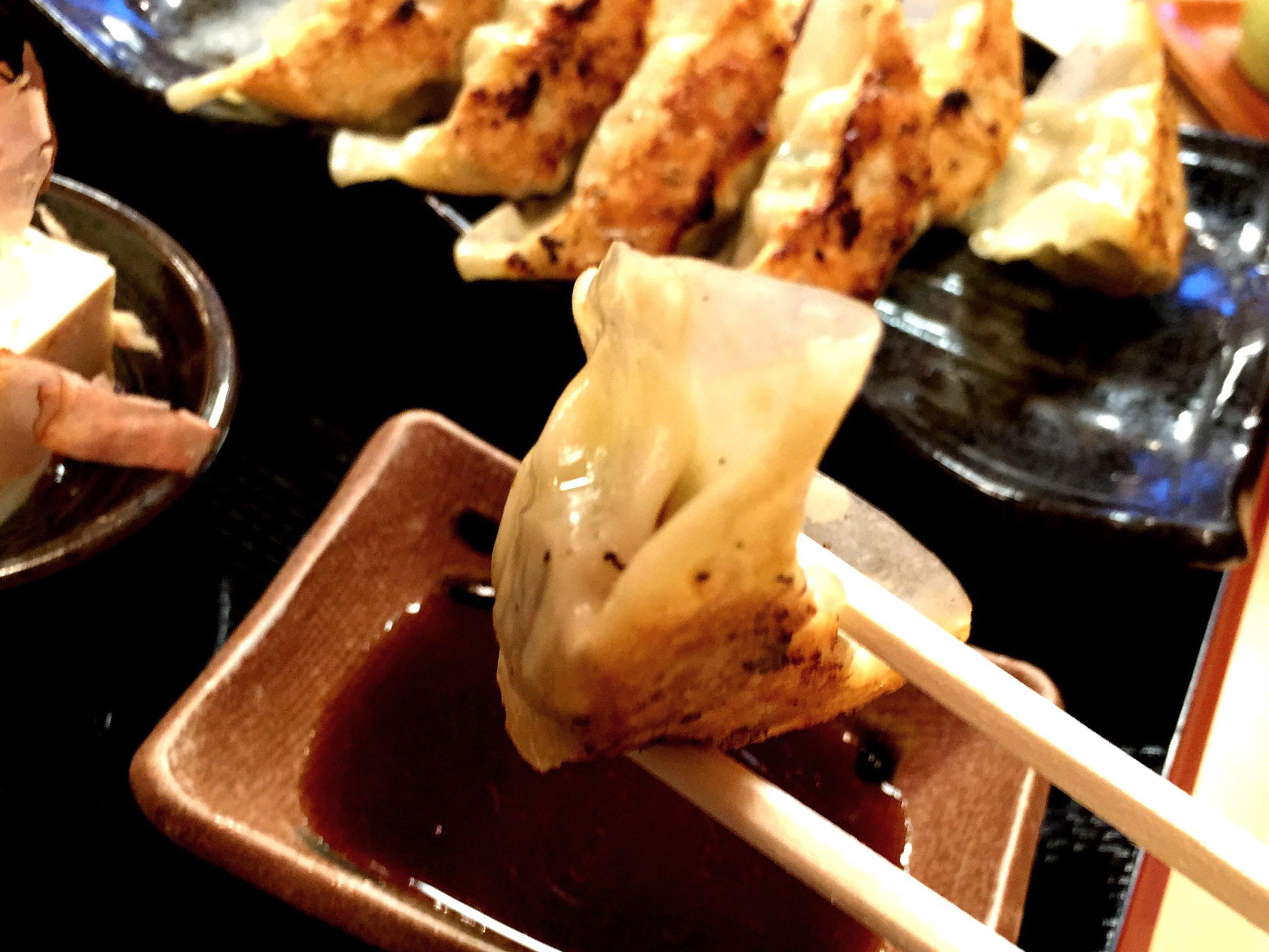【味処まるしょう】焼ぎょうざ定食 | ランチパスポート5店目