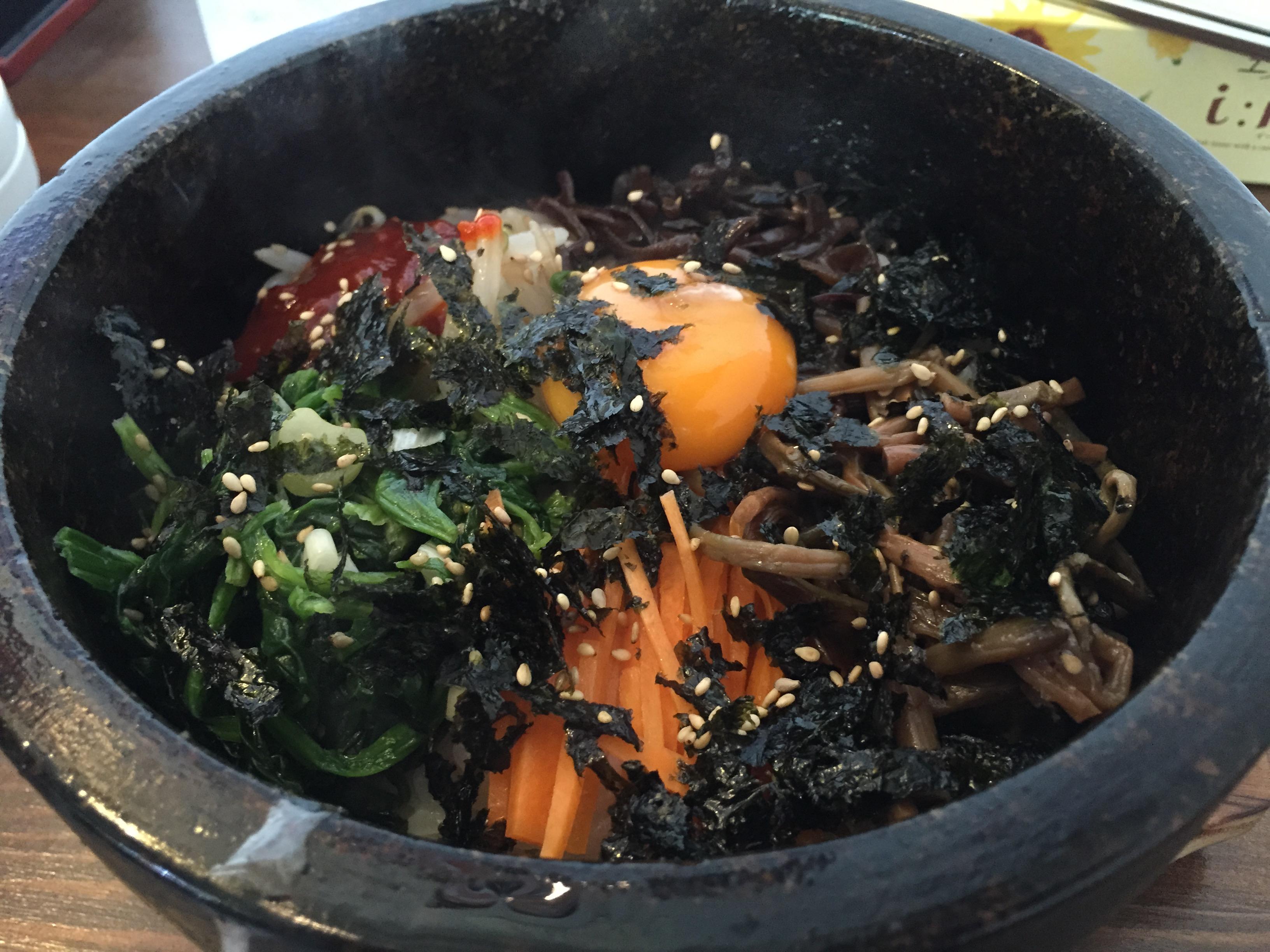 焼肉韓国料理太郎で夏こそ石焼ビビンパランチ